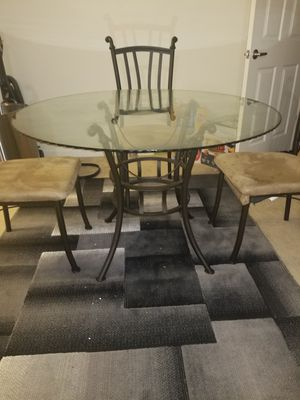 Table for sale . Chairs included for free for Sale in Fresno, CA