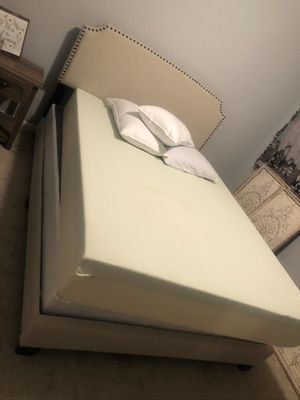 Queen Bed (Mattress and Frame) for Sale in Matthews, NC