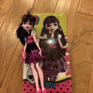 Monster High Case And Doll for Sale in Irvine, CA