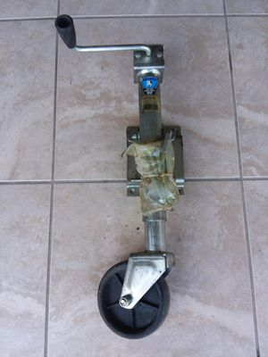 Trailer hitch for sale. for Sale in Kissimmee, FL