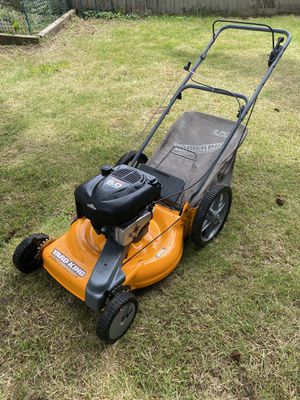"YARD KING Heavy duty self propelled 22"" lawn mower push mower made in USA 6.0hp excellent!! for Sale in Federal Way, WA"
