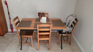 Kitchen table with 4 chairs for Sale in Houston, TX