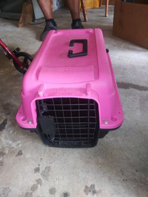 Small dog crate for Sale in Missouri City, TX