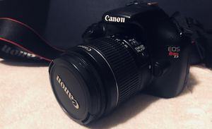 Canon EOS Rebel T3 Digital SLR Camera w/18-55 & 75-300 Lenses for Sale in Altoona, PA
