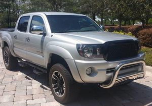 Fast Sale/2OO6 Toyota Tacoma SR5 for Sale in Cleveland, OH