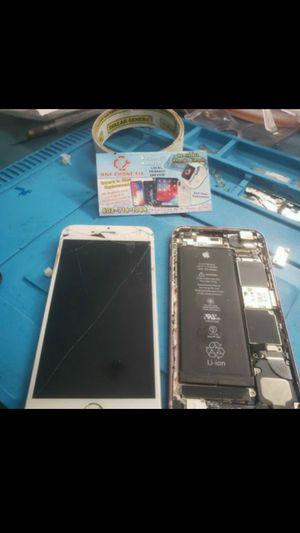 Iphone 7 iphone 6 for Sale in Phoenix, AZ