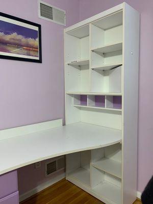 3 piece set (desk, drawer, bookshelf) for Sale in Rockville, MD