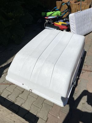 Road Rider Car top cargo carrier for Sale in Anchorage, AK