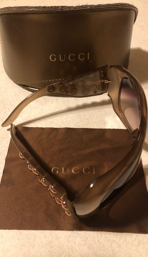 Gucci Sunglasses for Sale in Somerset, TX