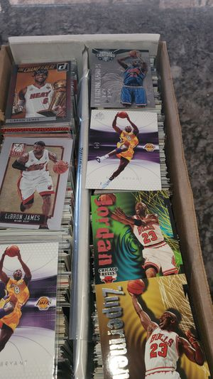 Lot of 1200 All BASKETBALL CARDS stars,rookies, inserts NO COMMONS all for $150 for Sale in Clovis, CA