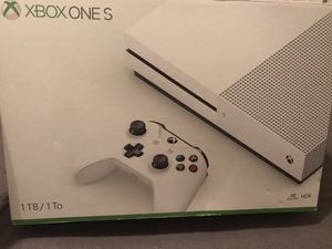 Xbox One S... 1 TB!! for Sale in McDonough, GA