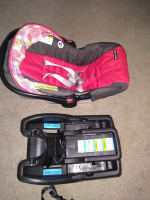 Graco snugride click and connect infant car seat - pink for Sale in Daniels, MD