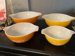 Vintage Pyrex nesting bowls set of 4 for Sale in Brea, CA