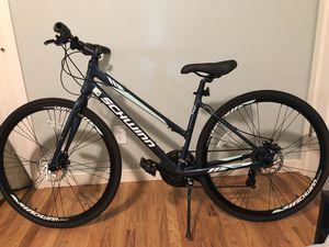 "Schwinn 700C 28"" Circuit Hybrid women's bike (Like New) for Sale in Beaverton, OR"