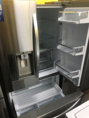 Refrigerator for Sale in Lynwood, CA