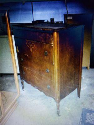 Antique Dresser for Sale in Huntington Beach, CA