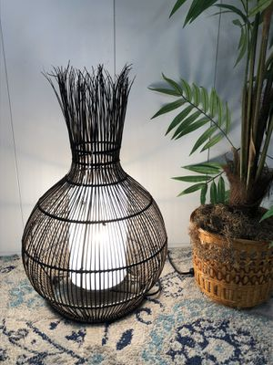 "Modern Style Straw Table Lamp H23"" xW16 Item#085 for Sale in Boynton Beach, FL"