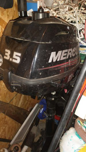 2017 3.5 mercury outboard motor with boat for Sale in Elmendorf, TX