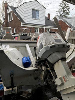 Fishing boat 1500 or best offer for Sale in Detroit, MI