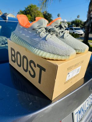 Yeezy boost Desert Sage Size 9 for Sale in South El Monte, CA