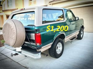 🎁$12OO 🔥Non Smoker🔥 1996 Ford Bronco🎁 for Sale in Denver, CO