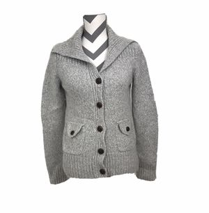 Banana Republic Wool/Angora Sweater - Size M for Sale in South Windsor, CT