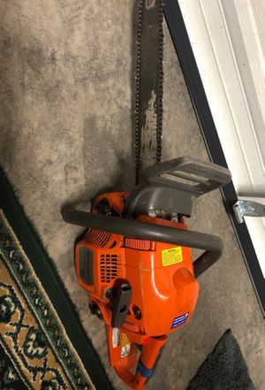 Husqvarna 435 X-Torq Chainsaw excellent conditions for Sale in Woodinville, WA