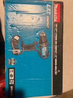 Makita 1.5 Ah 18-Volt LXT Lithium-Ion Compact Cordless 1/2 in. Driver Drill Kit for Sale in Hyattsville,  MD