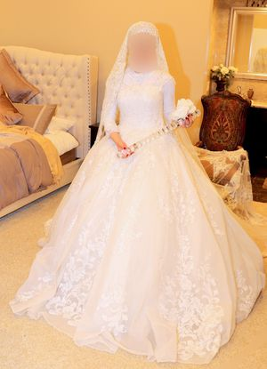 Wedding dress for Sale in Anaheim, CA
