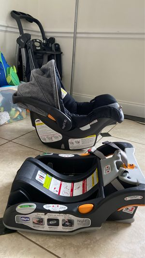 Car seat for Sale in Lake Forest, IL