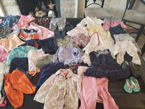 12 months all seasons 67 pieces baby girls clothes good condition jackets dresses shoes too for Sale in Bolingbrook, IL