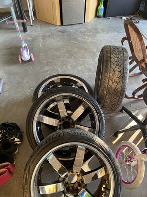 """Chrome and black 22"""" Rims with 4 like new tires and 3 like new spare tires universal bolt pattern will feet jeep Hyundai fords for Sale in Charlotte, NC"""