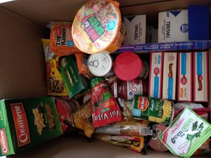 Free box with food for Sale in Whittier, CA