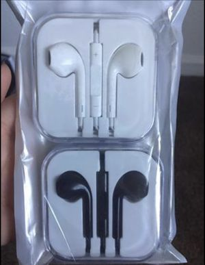Earphones 2 pack for Sale in Las Vegas, NV
