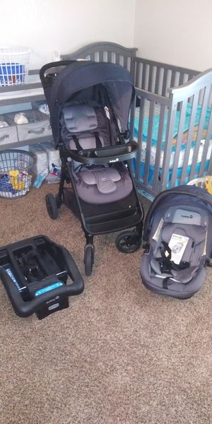 Safety first stroller carseat and base set for Sale in Martinsburg, WV