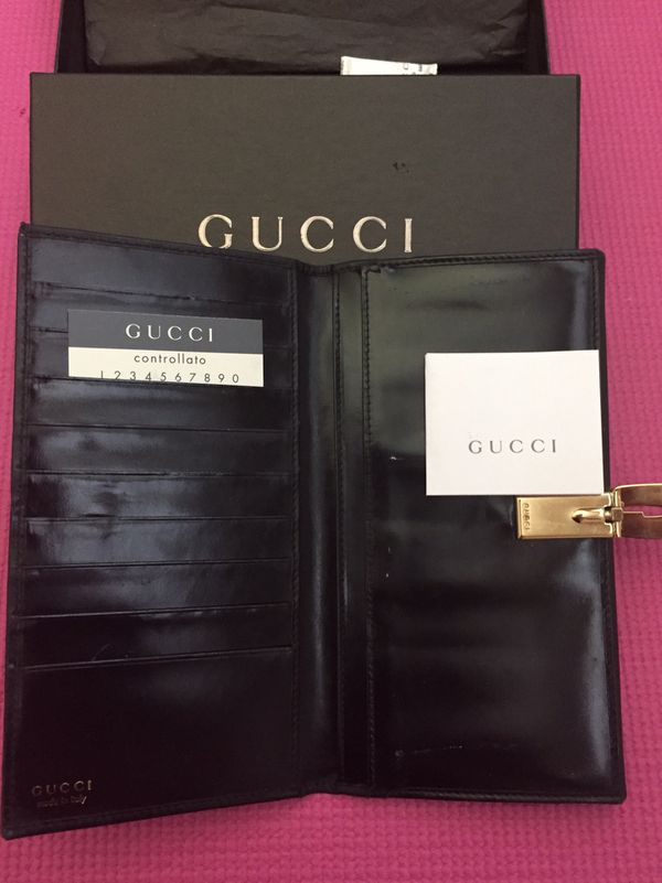 Gucci Vintage Black Leather Wallet Authentic