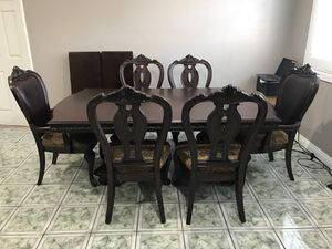 8 seat Extendable Dining Set for Sale in Hacienda Heights, CA