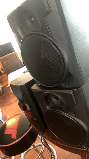 Black web 100 watt bluetooth ,cd stereo system for Sale in Katy, TX