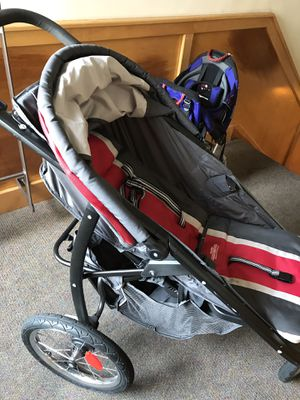 Graco Jog Stroller with Rain Cover Great Condition for Sale in Washington, DC