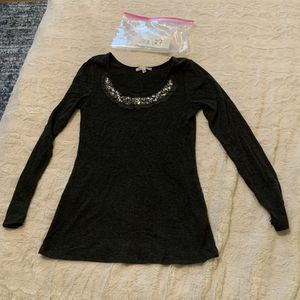 b2127 Moa Moa XL grey beaded shirt for Sale in Victoria, TX