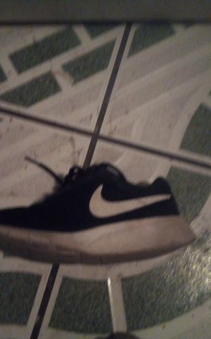 Nike Is a good Shape but needs cleaning for Sale in Fresno, CA
