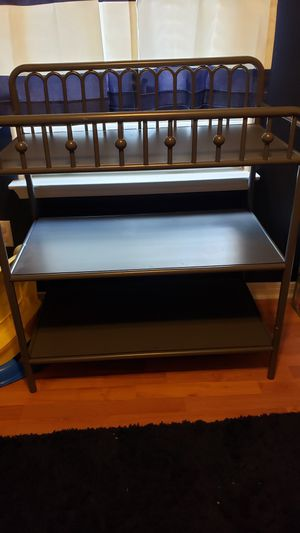 Monarch Hill Ivy Crib & Changing Table for Sale in Texas City, TX