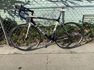 2012 trek madone 3.1 full carbon 56cm for Sale in Paramount, CA