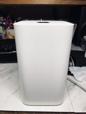 Apple A1521 AirPort Extreme Base Station Wireless Router (6th Gen) for Sale in South Gate, CA