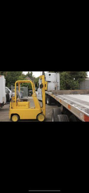 Fork lift 5,000 pounds side shift forward and back tilt lift truck for Sale in Portland, OR