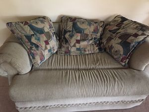 Couch for Sale in Hialeah, FL
