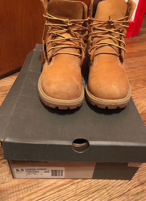 Timberlands size 6.5 winter boots for Sale in West Mifflin, PA