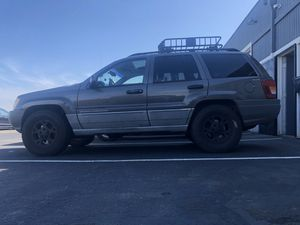 JEEP GRAND CHEROKEE V8 4x4 for Sale in Vacaville, CA
