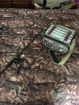 R2 performance series rod and camp tackle box for Sale in Ashburn, VA