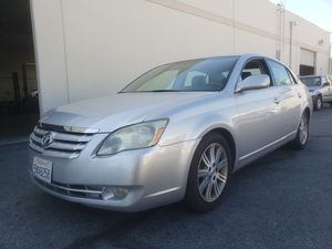 2005 TOYOTA AVALON LIMITED for Sale in Montclair, CA